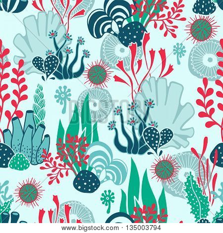 Vector hand drawn seamless underwater pattern with seaweeds and other sea plants and habitants