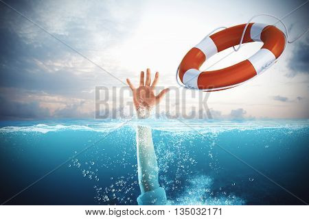 Lifesaver launched a drowning man in the sea