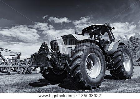 giant farming tractor, latest model, slight selenium toning concept
