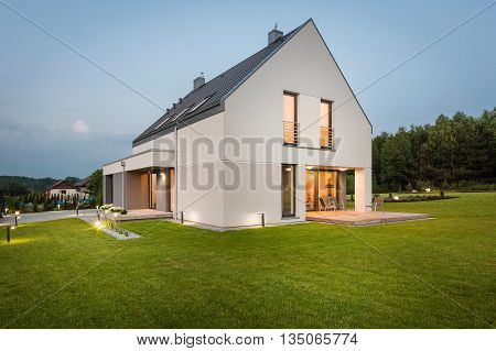 New House In Scenic Area