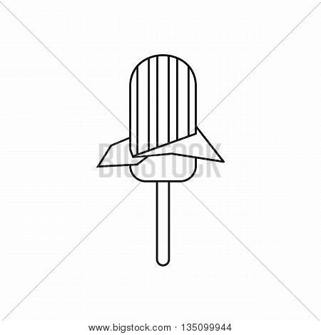 Ice Cream icon in outline style isolated on white background
