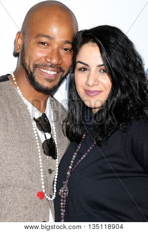 LOS ANGELES - JUN 18: Columbus Short, fiance Aida Abramyan at the Stand For Kids Gala at the Twentieth Century Fox Studios Lot on  ,  June 18, 2016 in Century City, CA