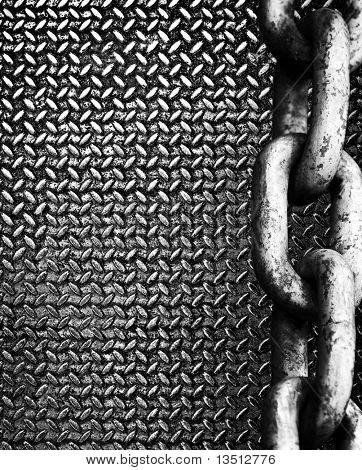 chain on diamond metal