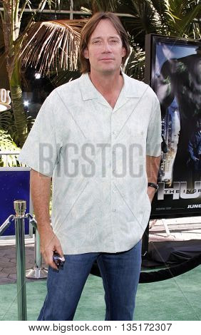 Kevin Sorbo at the Los Angeles premiere of 'The Incredible Hulk' held at the Universal CityWalk in Hollywood, USA on June 8, 2008.