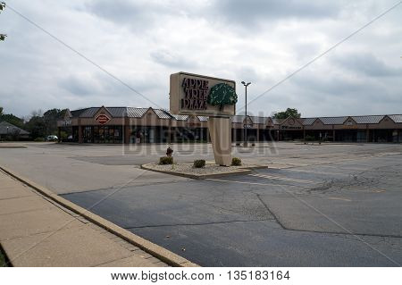 SHOREWOOD, ILLINOIS / UNITED STATES - AUGUST 30, 2015: The Apple Tree Plaza is one of Shorewood's most popular shopping plazas.