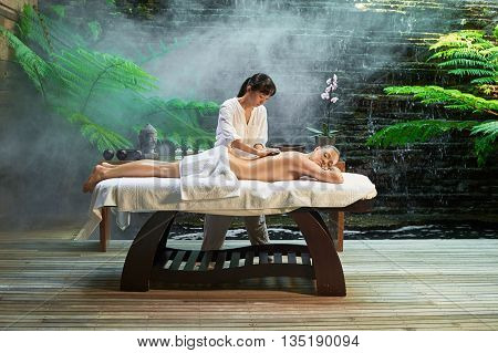 Asian Back Massage Theraphy Spa Hot Stone