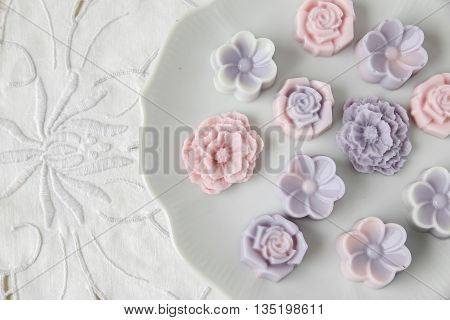 Pastel Pink Purple Flower Coconut Jelly On Vintage Plate,focus On Center Pink Peony Flower