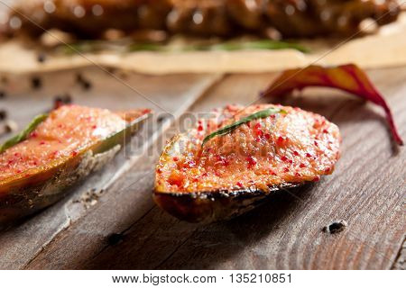 Baked Mussel with Cream Sauce and Tobiko Caviar