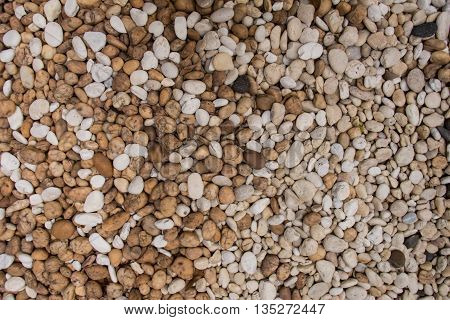 Brown and white gravel of various sizes