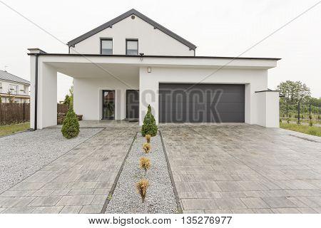 New Design White Villa