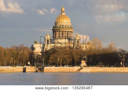 SAINT PETERSBURG, RUSSIA - APRIL 23, 2016: View of the St. Isaac's Cathedral, april evening. Historical landmark of the city St. Petersburg