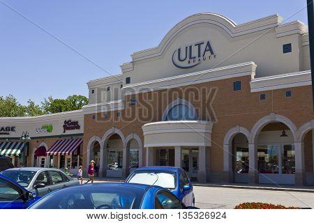 Indianapolis - Circa June 2016: Ulta Salon Cosmetics & Fragrance Retail Location. Ulta Provides Beauty Products and a Salon II