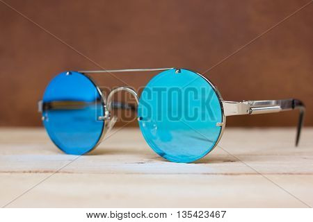 Sunglasses With Mirror Lenses.
