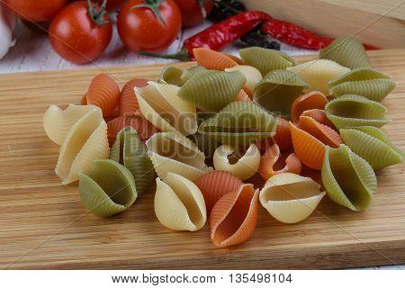 Raw Shells Macaroni