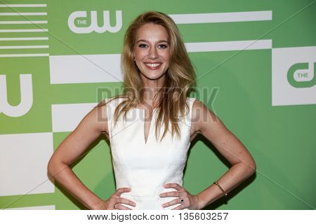 NEW YORK, NY - MAY 14: Actress Yael Grobglas attends the 2015 CW Network Upfront Presentation at the London Hotel on May 14, 2015 in New York City.
