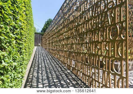 The Christian Garden, Gardens Of The World, Berlin