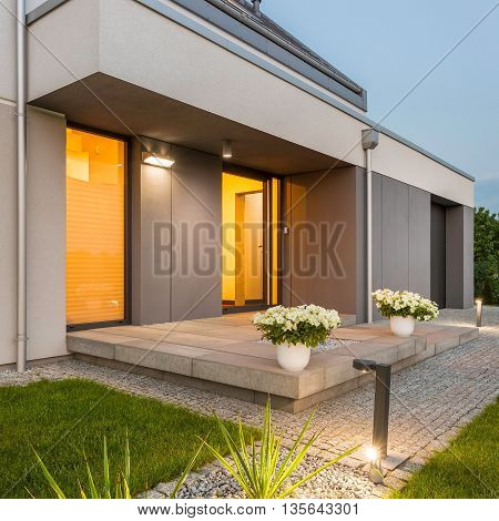 Decorative Outdoor Lights Around House