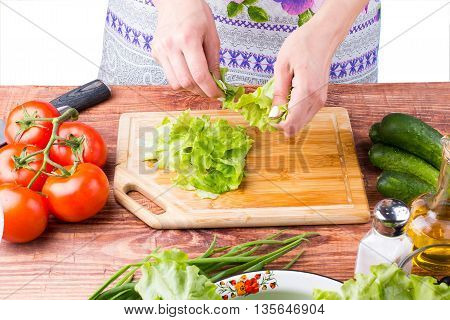 The Girl Tears Salad