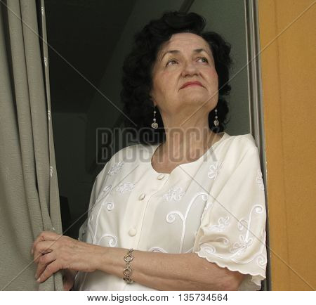 lonely mature lady waiting