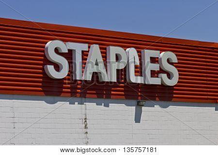 Indianapolis - Circa June 2016: Staples Inc. Retail Location. Staples is a Large Office Supply Chain I