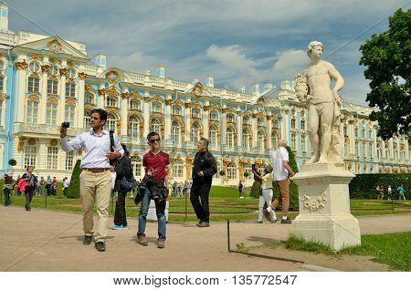 23.06.2016.Russia.The Town Of Pushkin.Numerous tourists visit the famous Museum-reserve Tsarskoye Selo.