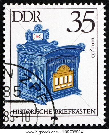 GERMANY - CIRCA 1985: a stamp printed in Germany shows Antique Mailbox 1900 circa 1985