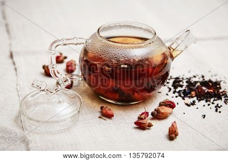 The Dry Red Small Roses in the Glass Teapot,Tea Drinking,Table Rough Linen Tablecloth