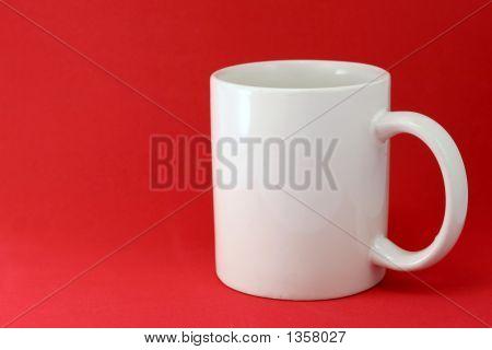 Mug_On_Red