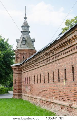 Sergiev Posad - August 10, 2015: Old Wall Extending From The Retail Shops Around Pafnutevskigo Garde