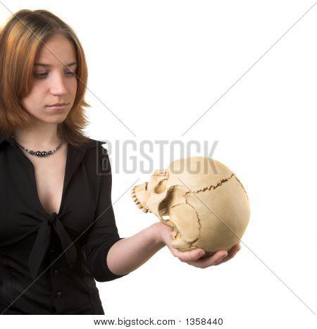 Mädchen mit skull
