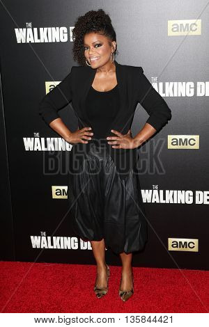 NEW YORK-OCT 9: Yvette Nicole Brown attends AMC's 'The Walking Dead' season six premiere at Madison Square Garden on October 9, 2015 in New York City.