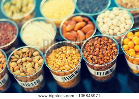 agricultural grains and legumes in the laboratory. Tonet photo