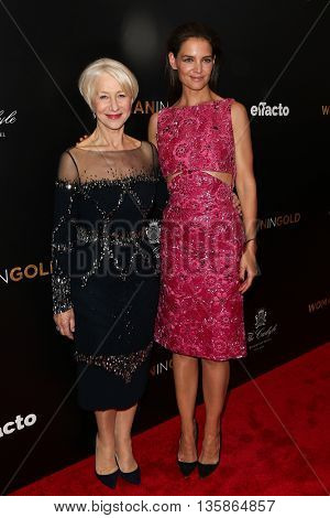 NEW YORK-MAR 30: Actress Katie Holmes (R) and Helen Mirren attend the