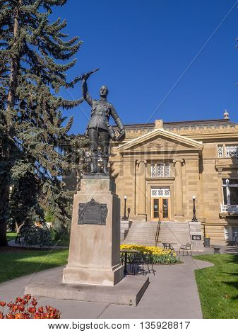 CALGARY, CANADA - JUNE 5: Memorial Public Library on June 5, 2016 in Calgary, Alberta Canada. Memorial Public Library is one of Calgary's oldest library and is located in memorial park.