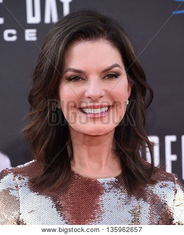 LOS ANGELES - JUN 20:  Sela Ward arrives to the