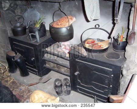 Victorian Kitchen 3