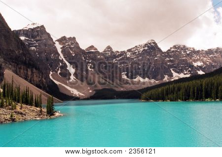 Lake Morraine And The Valley Of 10 Peaks