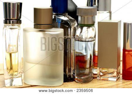 Fragancias y botellas de Perfume