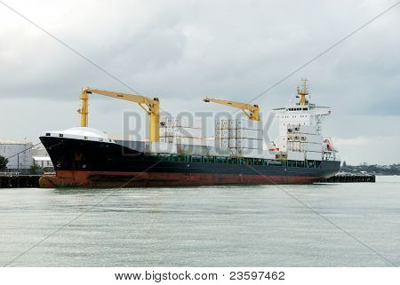 container shipment at harbor
