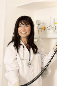 image of medical assistant  - Assistant with medical equipment - JPG
