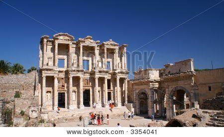 Ephesus-Bibliothek