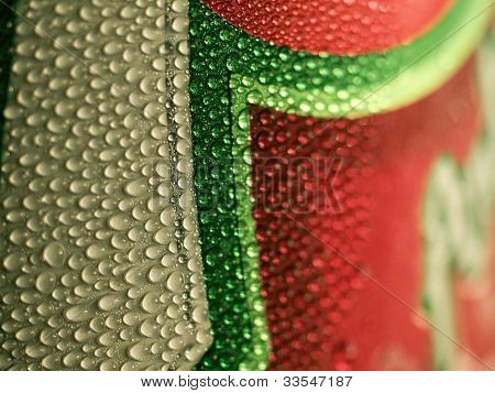 Soda can condensation