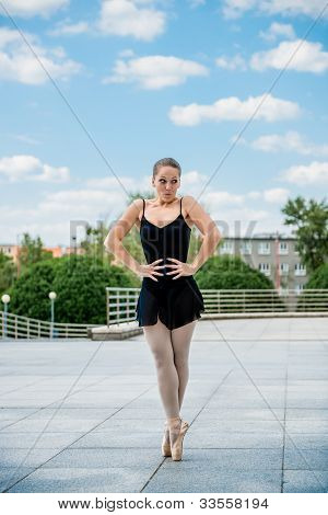 Ballet dancer dancing outdoor