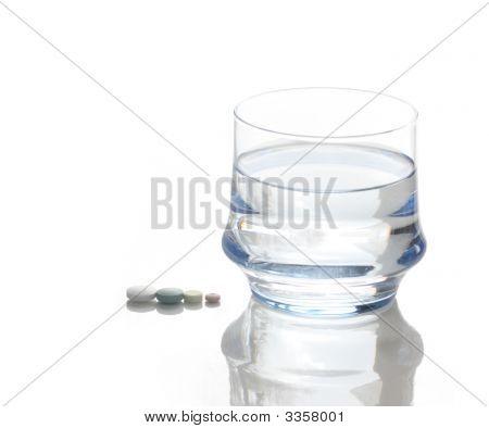 Pills Water