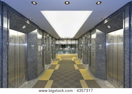 Ascensor moderno Lobby