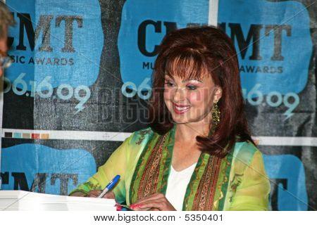 Naomi Judd - Cma Music Festival 2009