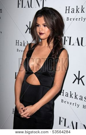 LOS ANGELES - NOV 7:  Selena Gomez at the Flaunt Magazine November Issue Party at Hakkasan on November 7, 2013 in Beverly Hills, CA\
