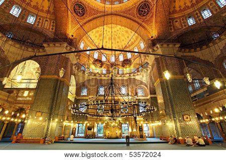 Golden Mosque - Yeni Camii, Istanbul - Interior