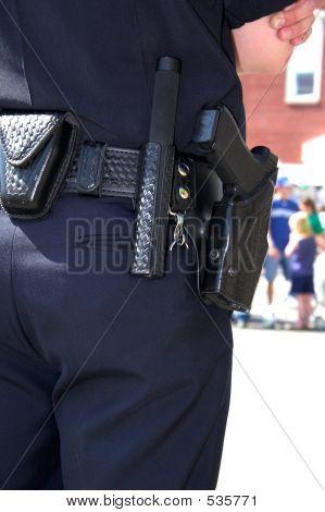 Policial Closeup