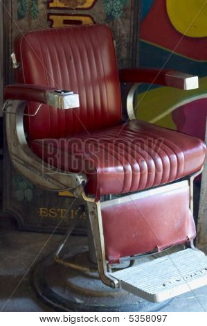 Old Barber Chair 0609